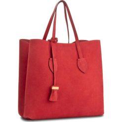 Torebka COCCINELLE - BH6 Celene Suede E1 BH6 11 01 01 Coquelicot 209. Czerwone torebki klasyczne damskie Coccinelle, ze skóry. W wyprzedaży za 979,00 zł.