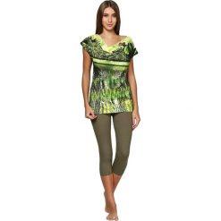 Piżama w kolorze zielonym ze wzorem - koszulka, spodenki. Zielone piżamy damskie Julia. W wyprzedaży za 139,95 zł.