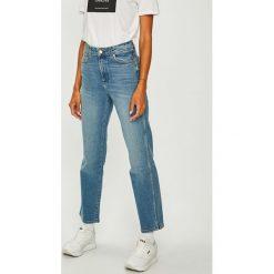 Wrangler - Jeansy Blue Spark. Niebieskie jeansy damskie z wysokim stanem Wrangler. Za 349,90 zł.