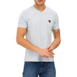 T-shirt w kolorze jasnoniebieskim. Niebieskie t-shirty męskie GALVANNI, m. W wyprzedaży za 84,95 zł.