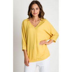 Bluzki, topy, tuniki: Luźna żółta bluzka z łańcuszkiem przy dekolcie BIALCON