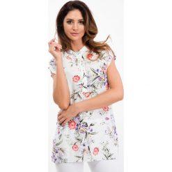 Biała bluzka w kwiaty z guzikami 21604. Białe bluzki z odkrytymi ramionami Fasardi, m, w kwiaty. Za 39,00 zł.