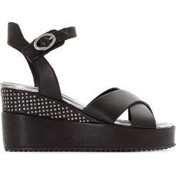 Rzymianki damskie: Skórzane sandały na koturnie Loca