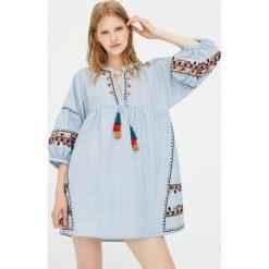 Sukienki: Haftowana sukienka babydoll