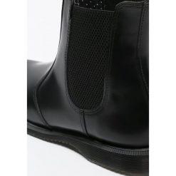 Dr. Martens FLORA Botki black polished smooth. Czarne botki damskie skórzane Dr. Martens, klasyczne. Za 719,00 zł.