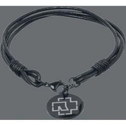 Rammstein Logo Bransoletka skórzana czarny. Czarne bransoletki damskie na nogę Rammstein, srebrne. Za 69,90 zł.