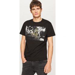 T-shirty męskie: T-shirt z motywem roweru – Czarny