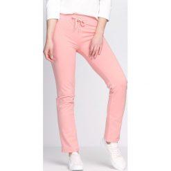 Spodnie dresowe damskie: Różowe Spodnie Dresowe Baggily