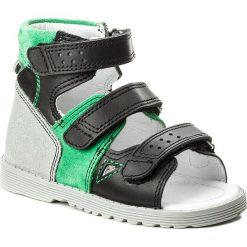 Sandały BARTEK - 81804-3 Czarno Zielony 057. Czarne sandały chłopięce Bartek, ze skóry. W wyprzedaży za 159,00 zł.