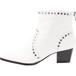 ALDO ALERAMA Ankle boot white. Białe botki damskie skórzane ALDO. Za 379,00 zł.