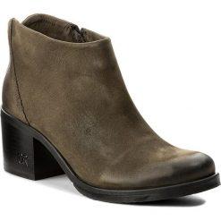 Botki CARINII - B3016/N I43-000-POL-861. Zielone buty zimowe damskie Carinii, z nubiku, na obcasie. W wyprzedaży za 199,00 zł.