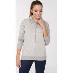 Swetry klasyczne damskie: Sweter z gładkim panelem