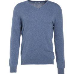 Johnstons Cashmere VNECK Sweter light blue. Niebieskie swetry klasyczne męskie Johnstons Cashmere, l, z bawełny. W wyprzedaży za 467,60 zł.