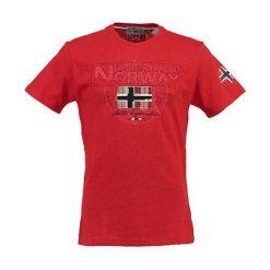 """Koszulka """"Jamelo"""" w kolorze czerwonym. Czerwone t-shirty chłopięce z nadrukiem Geographical Norway, m, z okrągłym kołnierzem. W wyprzedaży za 78,95 zł."""