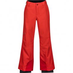 """Spodnie narciarskie """"Vertical"""" w kolorze czerwonym. Czerwone spodnie chłopięce marki Marmot Kids, z haftami, z materiału. W wyprzedaży za 215,95 zł."""