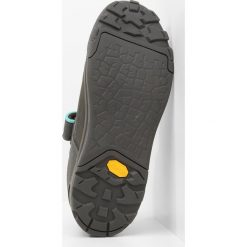 Vaude MOAB LOW AM Buty rowerowe iron. Szare buty sportowe damskie marki Vaude, z materiału, rowerowe. Za 589,00 zł.