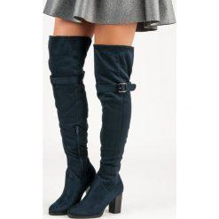 Buty zimowe damskie: Granatowe muszkieterki na słupku LILIANA