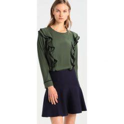 Bluzki asymetryczne: Whistles POPPY FRILL FRONT  Bluzka dark green