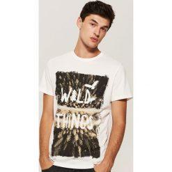 T-shirt z nadrukiem - Kremowy. Białe t-shirty męskie z nadrukiem marki House, l. Za 39,99 zł.