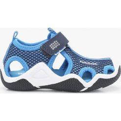 Geox - Sandały dziecięce. Szare sandały chłopięce Geox, z gumy, z okrągłym noskiem. Za 239,90 zł.