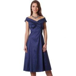 Sukienki hiszpanki: Sukienka w kolorze granatowym