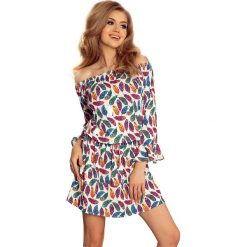Sukienki hiszpanki: Wzorzysta Dziewczęca Sukienka z Falbankami w Kolorowe Pióra