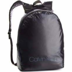 Plecak CALVIN KLEIN - Switch Reversible Ba K50K503871 910. Czarne plecaki męskie marki Calvin Klein, z materiału. Za 599,00 zł.