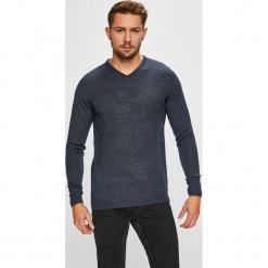Kensington - Sweter Ronald. Czarne swetry klasyczne męskie Kensington, l, z dzianiny, z okrągłym kołnierzem. Za 79,90 zł.