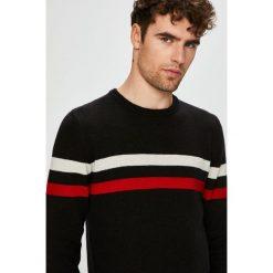 Wrangler - Sweter. Czarne swetry klasyczne męskie marki Wrangler, m. W wyprzedaży za 199,90 zł.