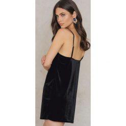 Sukienki hiszpanki: Rebecca Stella Aksamitna krótka Sukienka Bieliźniana - Black