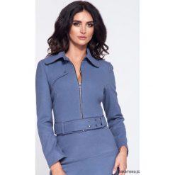 Niebieska krótka elegancka kurtka damska. Niebieskie kurtki damskie Pakamera, w paski. Za 199,00 zł.