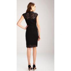 Comma Sukienka koktajlowa black. Czarne sukienki koktajlowe marki comma, z elastanu. W wyprzedaży za 405,30 zł.