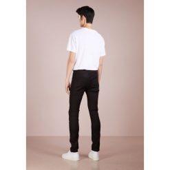 DRYKORN JAZ Jeans Skinny Fit black. Niebieskie rurki męskie marki DRYKORN, m, z dekoltem karo. Za 509,00 zł.