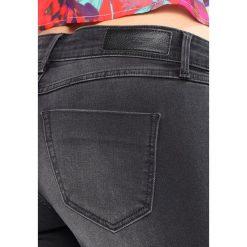 Jeansy damskie: Vero Moda VMFIVE ANKLE ZIP  Jeans Skinny Fit black