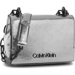 Torebka CALVIN KLEIN - Ck Candy Small Cross K60K604394 904. Szare torebki klasyczne damskie Calvin Klein, ze skóry ekologicznej. Za 549,00 zł.