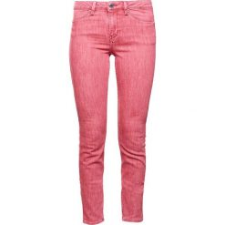 Boyfriendy damskie: 2nd Day JOLIE FADED Jeansy Slim Fit firey red