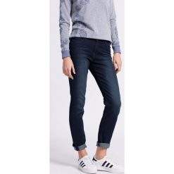 Lee - Jeansy Elly Super Dark. Niebieskie jeansy damskie rurki marki Sinsay, z podwyższonym stanem. W wyprzedaży za 249,90 zł.