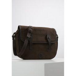 Timberland Torba na ramię canteen. Brązowe torby na ramię męskie marki Kazar, ze skóry, przez ramię, małe. W wyprzedaży za 607,20 zł.