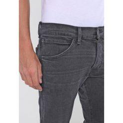 Wrangler BRYSON Jeans Skinny Fit cool black. Szare rurki męskie Wrangler. Za 339,00 zł.