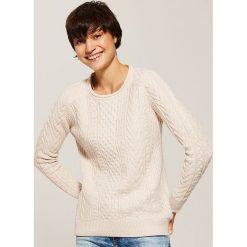 Sweter z warkoczami - Różowy. Czerwone swetry klasyczne damskie marki House, l. Za 89,99 zł.