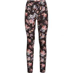 Legginsy w kwiaty bonprix czarny w kwiaty. Czarne legginsy we wzory bonprix. Za 69,99 zł.