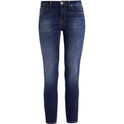 Lee SCARLETT CROPPED Jeans Skinny Fit night sky. Niebieskie rurki damskie Lee. Za 419,00 zł.