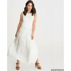 Sukienka BOHEMA biała długa. Białe długie sukienki marki Pakamera, z wiskozy, z długim rękawem. Za 209,00 zł.