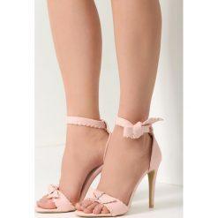 Sandały damskie: Różowe Sandały Dropping A Sound