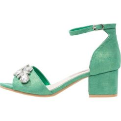 Rzymianki damskie: XTI Sandały verde