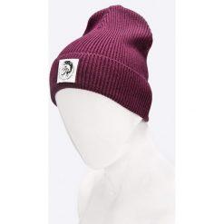 Diesel - Czapka. Fioletowe czapki zimowe męskie Diesel, na zimę, z bawełny. W wyprzedaży za 129,90 zł.