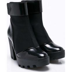 Calvin Klein Jeans - Botki Sister Neoprene. Czarne buty zimowe damskie marki Calvin Klein Jeans, z jeansu, na obcasie. W wyprzedaży za 449,90 zł.