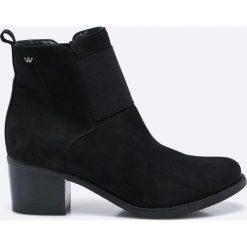 Wojas - Botki. Szare buty zimowe damskie Wojas, z materiału. W wyprzedaży za 249,90 zł.