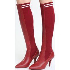 Czerwone Kozaki Mind Trip. Czarne buty zimowe damskie marki Kazar, ze skóry, przed kolano, na wysokim obcasie, na obcasie. Za 129,99 zł.