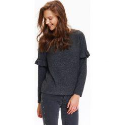 Swetry klasyczne damskie: SWETER DAMSKI Z FALBANKĄ NA RĘKAWACH
